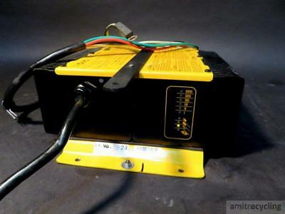 Delta-Q QuiQ On Board 24V Battery Charger 912-2400 Floor Scrubber Pallet Jack
