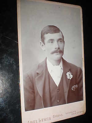 Cdv old photograph man buttonhole by Lewis Douglas Isle of Man 1890s Ref 504(17)