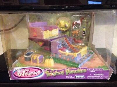 Tropical Paradise Mini Whinnies Play Set