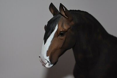 North Light Horse Figurine  Hand Painted Beautiful! Resin