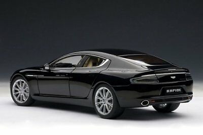 AUTOart 1/18 Aston Martin Rapid (Black)