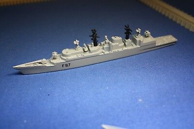 HMS Chatham F87 Triang Minic Ships Type 22 unboxed