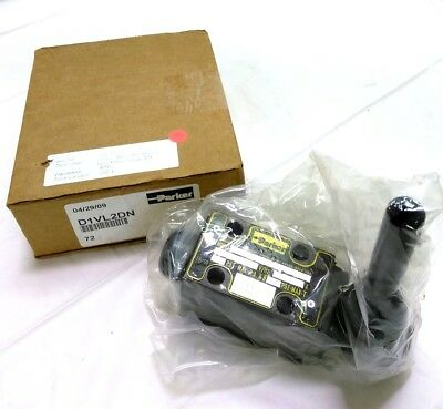 New Parker D1VL2DN Direct Operated Control Valve, CETOP 03, NFPA D03, 5000 PSI