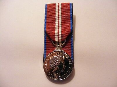 Queens Diamond Jubilee Medal Court Mounted QDJM Full Size