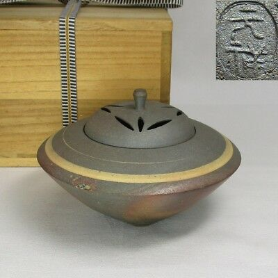 H408: Japanese TANBA pottery incense burner with good style by Gensho Ichino