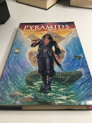 Pyramids: The Book of Going Forth by Terry Pratchett (1989, Hardbound)