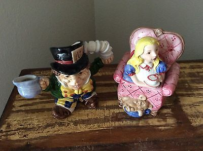 Fitz and Floyd Alice in Wonderland creamer and sugar 1992