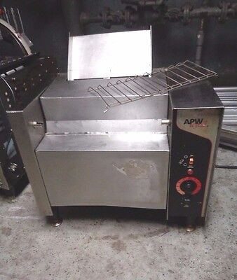 APW Wyott M-2000 Conveyor Bun Grill Toaster Without Butter Wheel and Pan