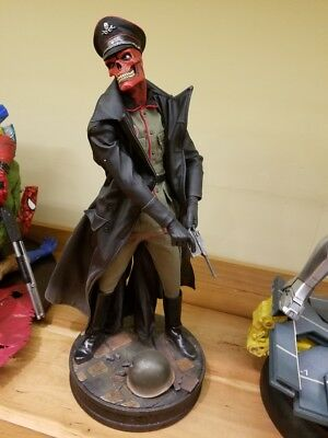 Sideshow Collectibles Red Skull Premium Format Figure