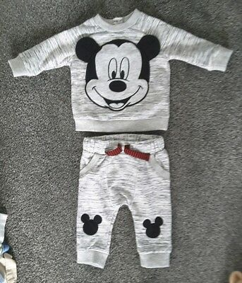 Baby unisex boy girl clothes 0-3 month bundle Disney Mickey Mouse set joggers