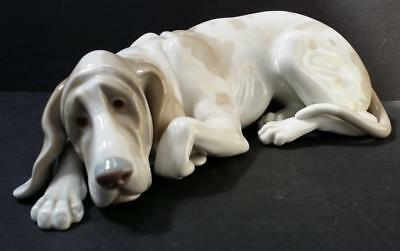 Lladro Old Dog~Vincente Martinez~Glossy Finish~#1067