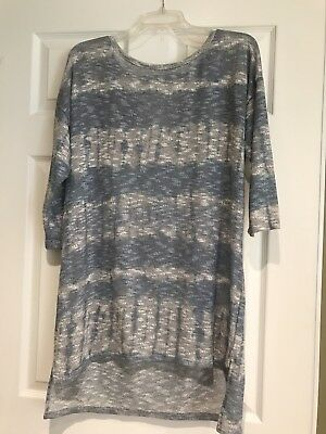 EUC WORN ONCE A Pea in the Pod Maternity Blue/White Tunic Shirt Top Size Large