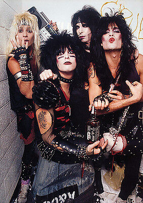 "Motley Crue Group Photo Backstage Poster 23.5"" x 33"" UK Import"