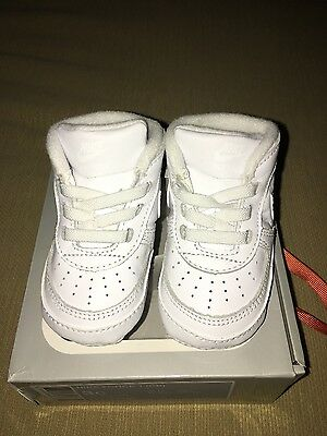 Brand New! Baby Boys Nike Soft Trainers With Box