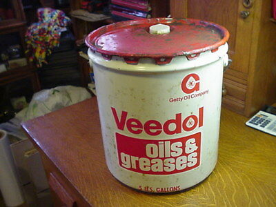 Veedol 5 Gallon Oils & Greases Heavy Duty Can - Getty Oil Co.