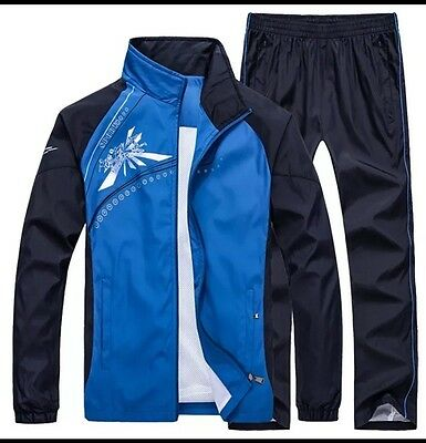 Quality Men's Medium Windproof Sports Tracksuit Brand new in bag
