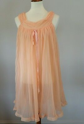 Vintage Evette Lingerie Womens Peignoir Nightgown Medium Peach Nylon sheer