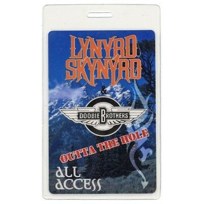 Lynyrd Skynyrd 1996 Laminated Backstage Pass Outta the Hole Tour Doobie Brothers