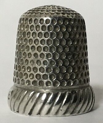 Simons Silver Thimble w/knurling from the top to the wide band - Size 6 - c1900