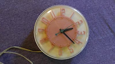 Vintage General Electric GE Telechron Wall Clock 2H104 White & Rare HOT PINK