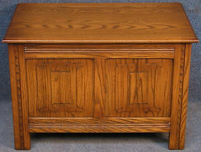 Jaycee Period Style Carved Oak Linen Fold Coffer / Blanket Box
