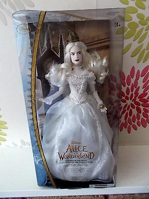 Disney Store Alice In Wonderland  White Queen Mirana ( Anne Hathaway) Doll Nib