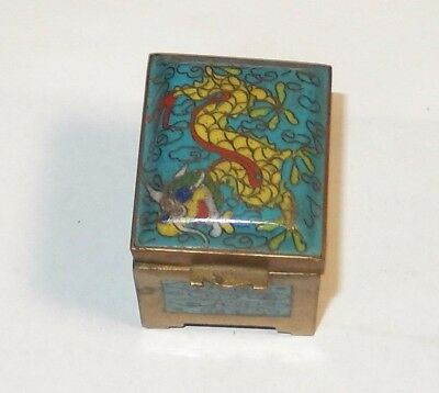 Small Chinese Cloisonne Enamel Turquoise Dragon Stamp Jar Box