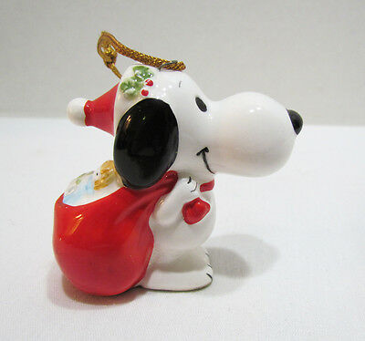SNOOPY W/ SANTA CLAUS SACK 1970's FIGURAL CERAMIC CHRISTMAS ORNAMENT JAPAN