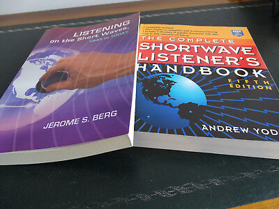 LOT 2 livres : LISTENING ON THE SHORTWAVE et THE COMPLETE SHORTWAVE LISTENER'S H