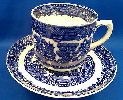 Vintage 1930s ALLERTONS - Blue & White OLD WILLOW - Tea Cup & Saucer