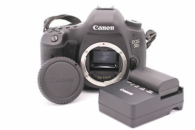 Canon EOS 5D Mark III 22.3MP Digital SLR Camera - (Body Only) Shutter Count: 897