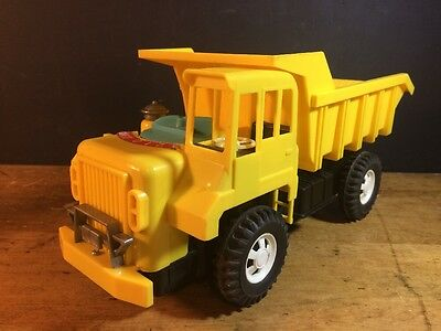 CRAGSTAN BATTERY POWERED DETROIT POWER DIAL DUMP TRUCK Made In Japan Works Great