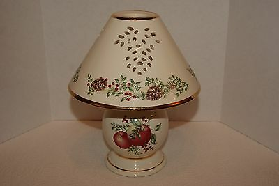 Lenox Tea Light Lamp with Shade in Williamsburg Boxwood & Pine
