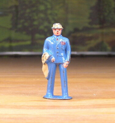 1950s BARCLAY METAL FIGURE LITTLE PEOPLE MAN PASSENGER O - S SCALE TRAIN LAYOUTS
