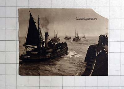 1937 The Yarmouth Herring Fleet Putting Out To Sea, Sweet Bud, YH174