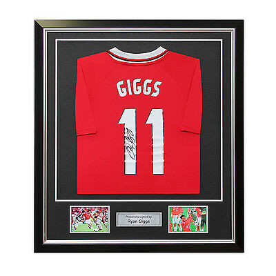 Ryan Giggs Signed 1999 Manchester United Champions League Shirt Framed