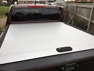 Nissan Navara NP300 Roll and Lock pack