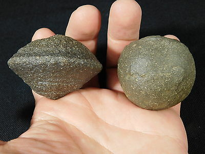 A Big 100% Natural Pair of Moqui Marbles or Shaman Stones From Utah! 202gr e
