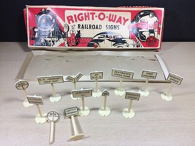 Vintage MARX PLASTIC  RIGHT-O-WAY RAILROAD SIGNS SET OF 13 in Damage Box