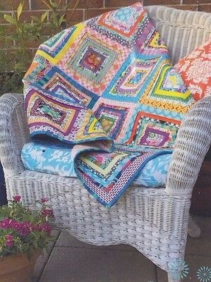Pleated Log Cabin - bright & colourful pieced quilt PATTERN + Ruler