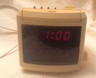 Vintage GE General Electric Alarm Clock Radio Mid Century Battery Backup Works