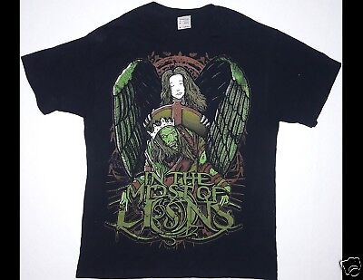 IN THE MIDST OF LIONS Size Medium Black T-Shirt