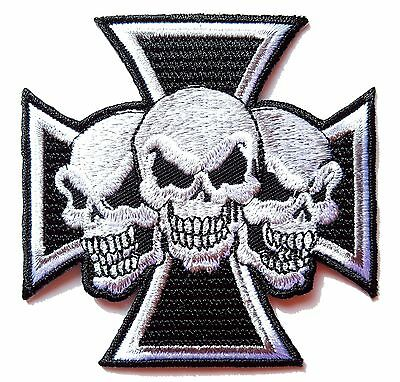 iron-on Patch escutcheon embroidered Cross of Malta 3 skulls death