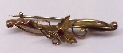 Vintage 9ct Gold Brooch with inset Ruby - Weighs 1.78gms