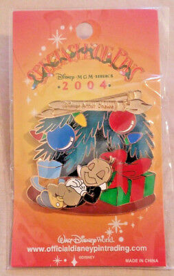 Disney WDW Jiminy Cricket Gifts Sleeping 2004 Spectacle Of Pins Event LE 750 Pin
