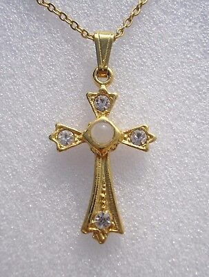 Pretty vintage cross pendant with Stanhope of the Lord's Prayer inside