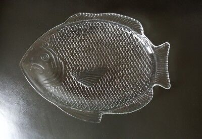 Vintage Clear Glass Fish Shaped Serving Dish Platter Plate Oven Proof USA