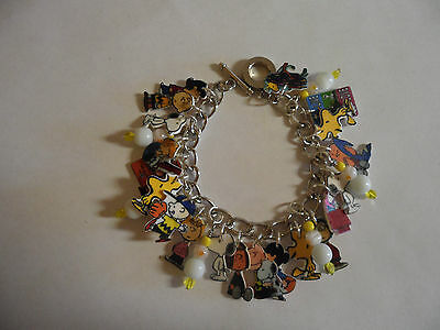 Charlie Brown Snoopy Lucy Woodstock Patty Many More Charms Bracelet Beads