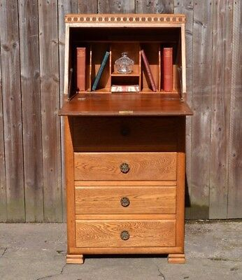 Lovely Slender Art Deco Light Oak Bureau Lady`s Writing Desk Laptop Desk Office