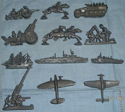 Complete Set of 12 WHW Wehrmacht Toys from 1941 - Cassidy/Alexander page 65 - 66
